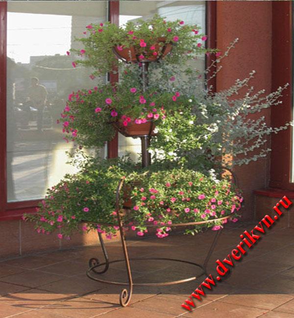 Подставки для садовых цветов своими руками фото 44